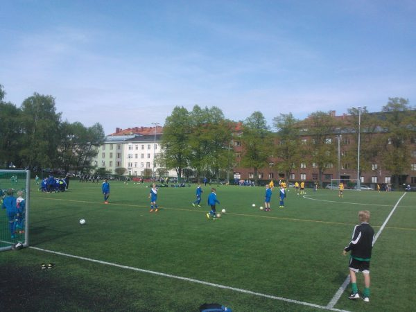 Kenttien käytössä muutoksia Juhannuksena ja Helsinki Cupin aikana