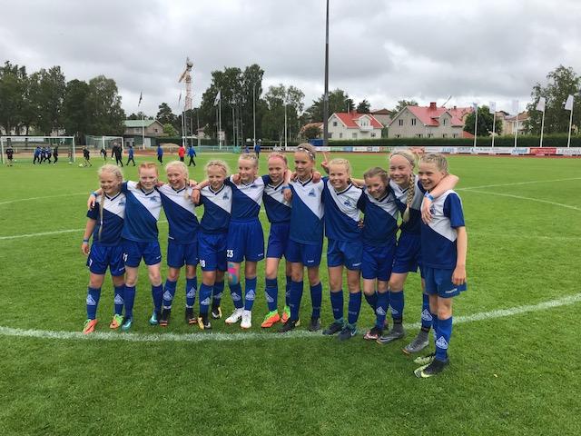 Matkakertomus PPJ tyttöjen voitokkaasta Alandia Cupista